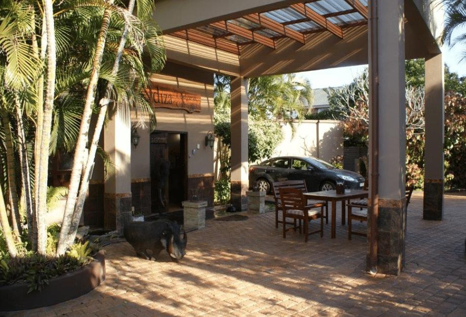 ndiza lodge & cabanas reception