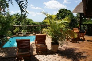 ndiza lodge & cabanas swimming pool deck