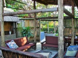 Umlilo Lodge accommodation outdoor area