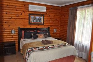 sunset lodge room
