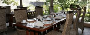 amazulu bed & breakfast dinning area