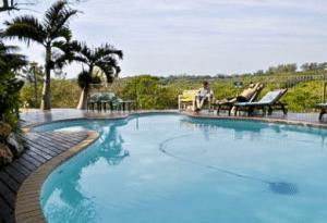 seasands bed & breakfast pool area
