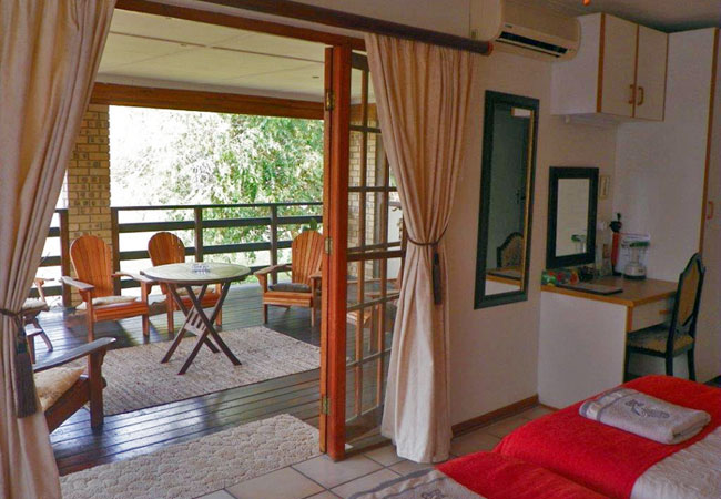 annas bed and breakfast accommodation guesthouse st lucia kwazulu natal south africa