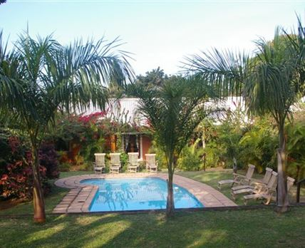Lidiko Lodge st lucia pool area